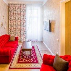 Апартаменты Львова комната для гостей