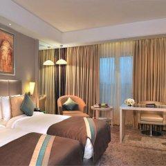 Отель Radisson Hyderabad Hitec City 4* Улучшенный номер с различными типами кроватей фото 3