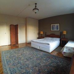 Отель Berk Guesthouse - 'Grandma's House' 3* Стандартный семейный номер с двуспальной кроватью