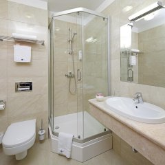 Rixwell Gertrude Hotel 4* Стандартный номер с различными типами кроватей фото 16