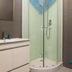 Hostel DP - Suites & Apartments VFXira Стандартный семейный номер с двуспальной кроватью