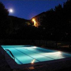 Отель Albergue TurÍstico ValdebarÓ Камалено бассейн фото 2