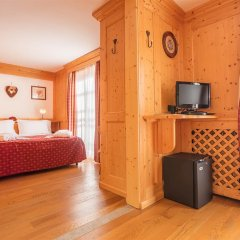 Hotel Lo Scoiattolo 4* Полулюкс с различными типами кроватей