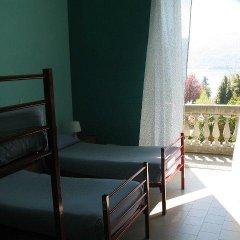 Отель Ostello Verbania Кровать в общем номере фото 8