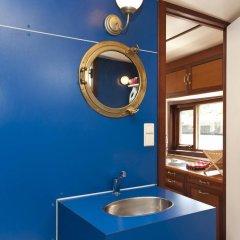 Отель Noah's houseboat Amsterdam Нидерланды, Амстердам - отзывы, цены и фото номеров - забронировать отель Noah's houseboat Amsterdam онлайн в номере