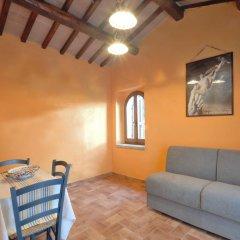 Отель Casale del Monsignore Сполето комната для гостей фото 3