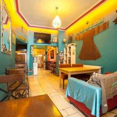 Cheers Hostel Турция, Стамбул - 1 отзыв об отеле, цены и фото номеров - забронировать отель Cheers Hostel онлайн интерьер отеля