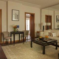 Four Seasons Hotel Milano 5* Представительский люкс с двуспальной кроватью фото 5
