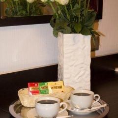 Мини-отель Mary Улучшенный номер фото 32