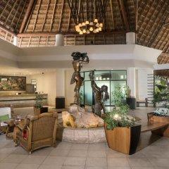 Отель The Reef Coco Beach Плая-дель-Кармен интерьер отеля
