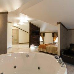 Гостиница Minihotel Monarkh Стандартный номер с двуспальной кроватью фото 5