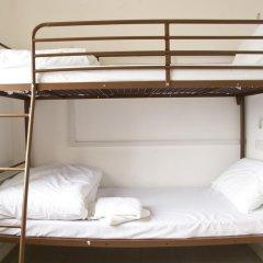 Отель Restup London Кровать в общем номере фото 8
