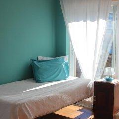 Хостел Ericeira Chill Hill Hostel & Private Rooms Стандартный номер с различными типами кроватей фото 9