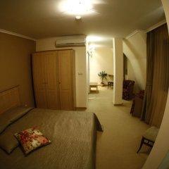Отель Hi 3* Стандартный номер с двуспальной кроватью фото 4