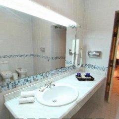 Отель Taybet Zaman Hotel & Resort Иордания, Вади-Муса - отзывы, цены и фото номеров - забронировать отель Taybet Zaman Hotel & Resort онлайн ванная