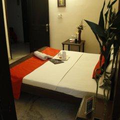 Отель OYO Rooms Gaffar Market 1 балкон