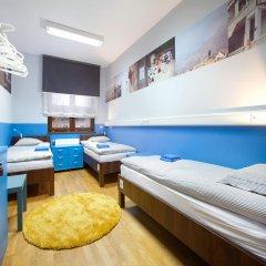 Hostel Bureau Стандартный номер с различными типами кроватей (общая ванная комната) фото 7