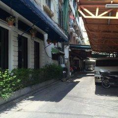 Luz Hostel Бангкок парковка