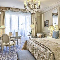 Отель Four Seasons George V Paris комната для гостей фото 4