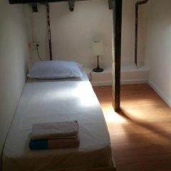 Отель German Colony Guest House Стандартный номер фото 4