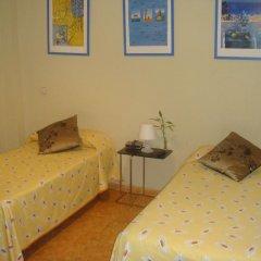 Отель Hostal Salamanca Стандартный номер с различными типами кроватей (общая ванная комната) фото 3