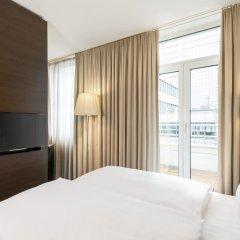 Отель NH Düsseldorf Königsallee 4* Стандартный номер с различными типами кроватей фото 8