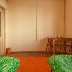 Гостиница Хостел Вельвет в Миассе 1 отзыв об отеле, цены и фото номеров - забронировать гостиницу Хостел Вельвет онлайн Миасс комната для гостей фото 2