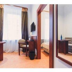 Отель Chmielna Warsaw Польша, Варшава - отзывы, цены и фото номеров - забронировать отель Chmielna Warsaw онлайн комната для гостей фото 5