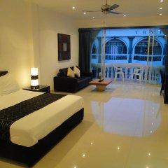 Отель East Suites Стандартный номер с различными типами кроватей