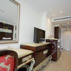 Отель LK President Номер Делюкс с различными типами кроватей фото 2