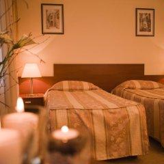 Hotel Holiday Zagreb 3* Стандартный номер с 2 отдельными кроватями фото 4