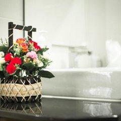 M.U.DEN Patong Phuket Hotel 3* Номер Делюкс двуспальная кровать фото 27