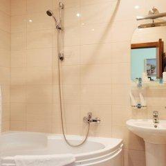 Гостиница Адажио Стандартный номер с различными типами кроватей фото 8
