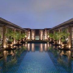 Отель Crowne Plaza Lumpini Park Бангкок бассейн
