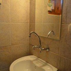 Отель Zlatniyat Telets Guest Rooms 2* Апартаменты с различными типами кроватей фото 10