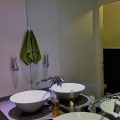 Отель German Colony Guest House Кровать в общем номере фото 6