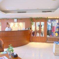 Star Metro Deira Hotel Apartments интерьер отеля
