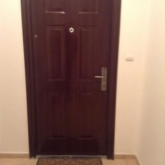 Отель Apartament Elinor сейф в номере