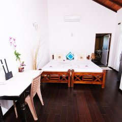 Отель Lahiru Villa комната для гостей фото 3