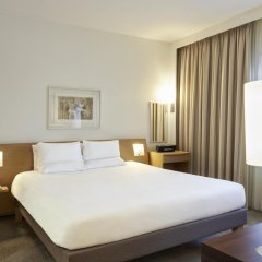 Отель Novotel London West 4* Улучшенный номер с различными типами кроватей фото 2