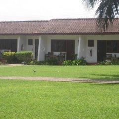 Отель Coconut Grove Beach Resort 2* Люкс с различными типами кроватей