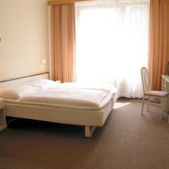 Hotel Polonia 2* Стандартный номер с двуспальной кроватью