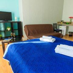 Мини-отель Белая ночь 2* Стандартный семейный номер с двуспальной кроватью (общая ванная комната) фото 2