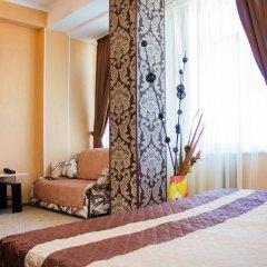 Гостиница Континент 2* Номер Комфорт с двуспальной кроватью фото 3