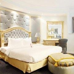 Гостиница Crowne Plaza Minsk 5* Представительский номер разные типы кроватей