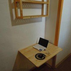 Хостел Омск Стандартный номер с различными типами кроватей