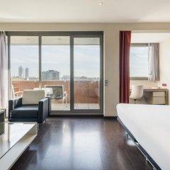 Отель ILUNION Barcelona 4* Улучшенный номер с различными типами кроватей фото 7