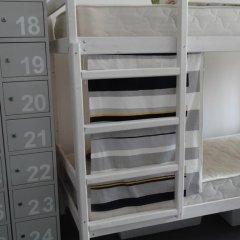 Goldfish Hostel Кровати в общем номере с двухъярусными кроватями фото 8
