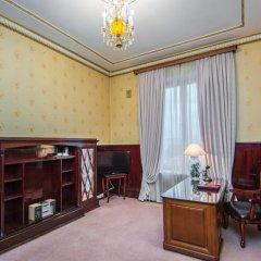 Легендарный Отель Советский 4* Апартаменты разные типы кроватей фото 11