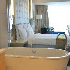 Renaissance Shanghai Yu Garden Hotel 4* Номер Делюкс с различными типами кроватей фото 4